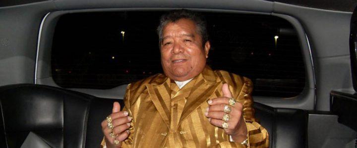 Pastor López está en coma inducido tras sufrir derrame cerebral