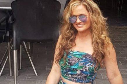 Aura Cristina Geithner calentó las redes cantando semidesnuda