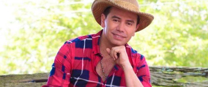 """Con TikTok del """"¿Cómo sería?"""", Jhonny Rivera se lleva los aplausos en redes sociales"""
