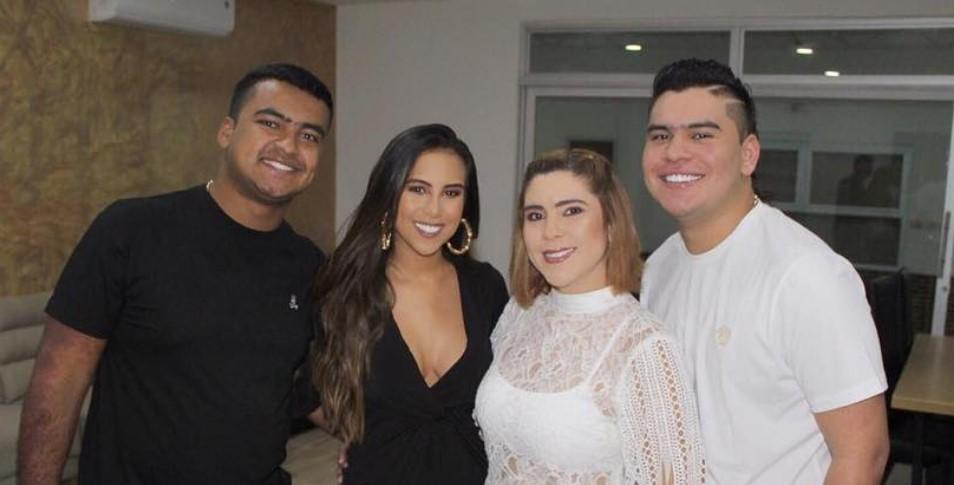 Hermanos Díaz González compartieron algunas fotos para despedir a Moisés