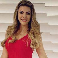 Ana Karina Soto exhibió su cuerpo en bikini y dejó suspirando a sus seguidores