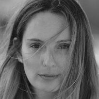 Claudia Bahamón rompe en llanto al hablar de la violencia en Colombia