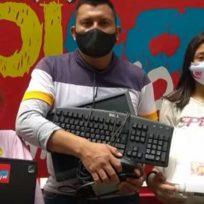 Padre de familia busca ayuda para que sus tres hijos puedan tener acceso a un computador (SOLUCIONADO)