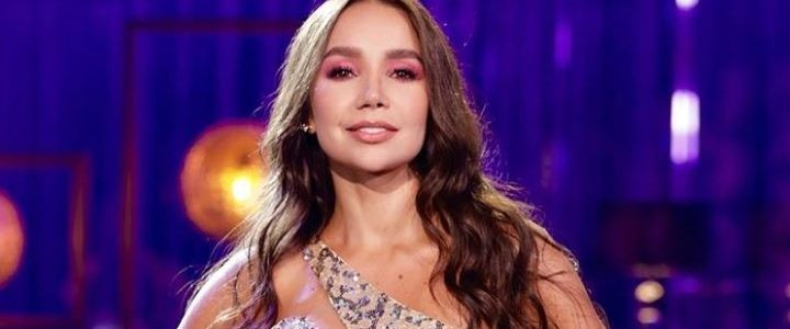 Paola Jara sacó su lado más romántico interpretando 'Los consejos' de Greeicy Rendón