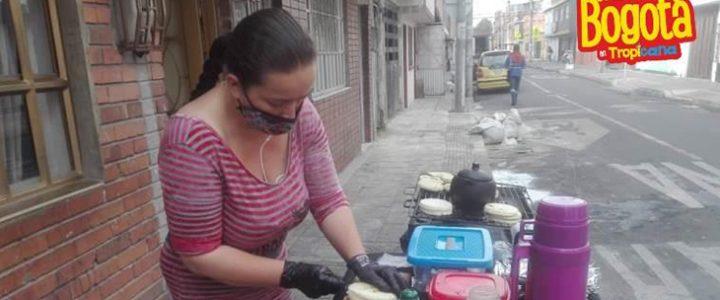 Mujer pudo montar su negocio de arepas gracias a la ayuda de los tropivoluntarios