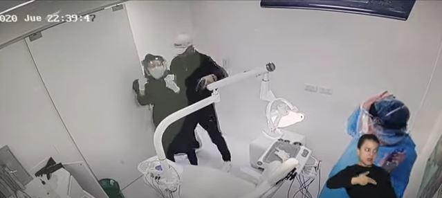 [Video] Ladrones atracaron a odontólogo en su consultorio en Bogotá