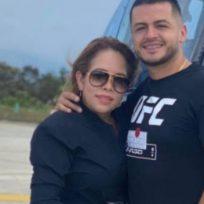 Novio de Sandra Barrios posó en tanga narizona y desató burlas en redes sociales