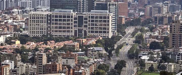 Hogares pobres que entraron a cuarentena estricta en Bogotá recibirán bono económico