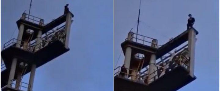 Bomberos rescataron a joven que intentó tirarse desde una torre del estadio El Campín