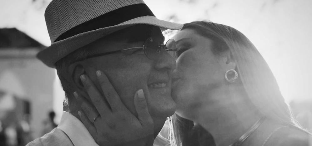 Foto muestra la última vez que Claudia Bahamón se abrazó con su papá