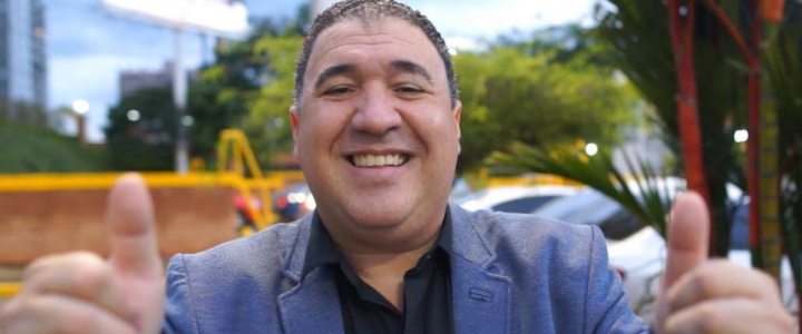 El cantante de salsa romántica Mickey Taveras es artista del Tropiconcierto de Navidad